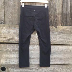 Lululemon Capri leggings size 8